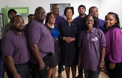 Mayor Bowser and mental health professionals